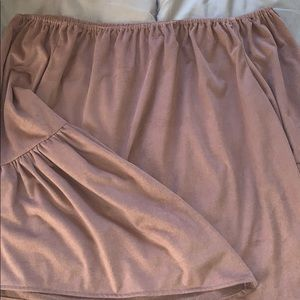 Mauve bell-sleeve strapless top!